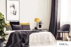 Lampka stołowa WUHU łączy w sobie elegancję oraz nowoczesność. Unikatowy diamentowy abażur zwień ...