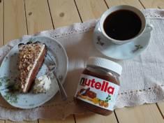 Tarta z nutellą i bitą śmietaną | AleTorcik! – przepisy na pyszne, domowe ciasta, ciastecz ...