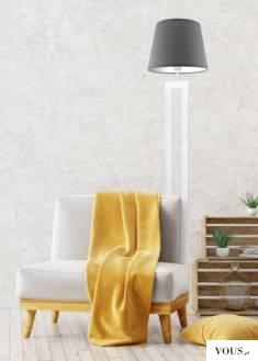 Lampa podłogowa VEGAS to minimalistyczna konstrukcja składająca się z abażura w kształcie stożka ...