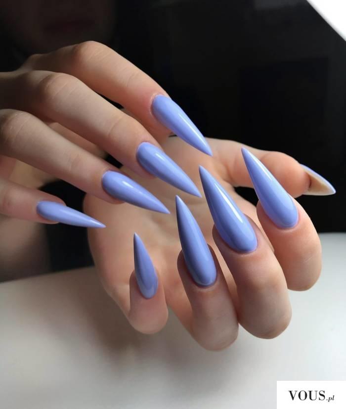 paznokcie liliowe