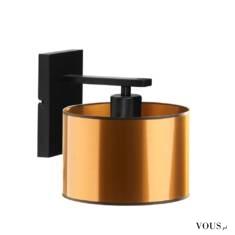 Oświetlenie ścienne SPLIT MIRROR zachwyca swoim designem. Nowoczesna forma lampy przyciąga uwagę ...