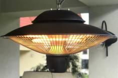 Wiszący promiennik podczerwieni to mocna lampa halogenowa, która grzeje od razu po włączeniu daj ...