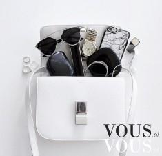 Stylowe dodatki, biała torebka CELINE, czarna szczotka Tangle Teezer, kamienny białe etui, case  ...