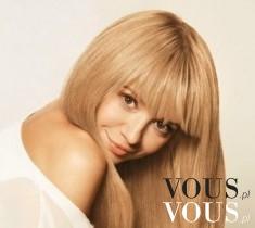 Piękne blond włosy Anny Przybylskiej