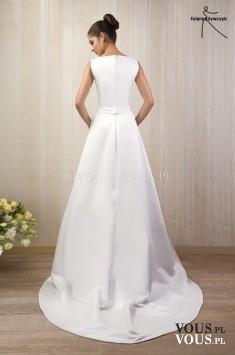 tył sukni ślubnej, skromna prosta suknia ślubna