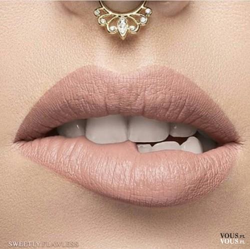 Topnotch Szminka w kolorze nude, beżowa szminka do ust, cieliste usta, nude SR21