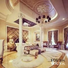 Luksusowa sypialnia w złotym kolorze