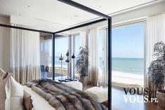 Piękna sypialnia z widokiem na ocean