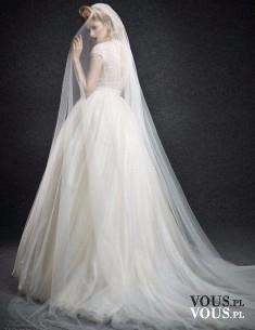 suknia ślubna z długim welonem, jak długi powinien być welon