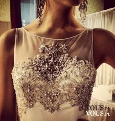 Zdobiona suknia śluba