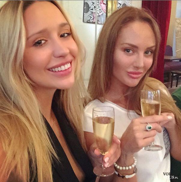 picie szampana