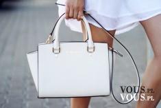 biała elegancka torebka
