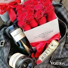 wino i róże na romantyczną kolacje