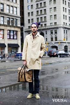 Moda na ulicy, modni ludzie spotkani na ulicy, zwykli przechodnie w modnym ubiorze