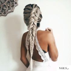 f a s h i o n ♡ piękne białe / siwe włosy w warkoczu