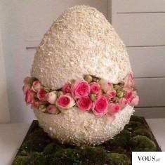róże w jajku