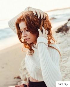 Ruda piękność. Jaka farba uzyskać naturalny rudy odcień włosów ?
