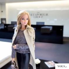 Barbie w swoim biurze