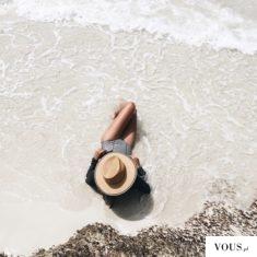 wakacje na plaży, morska woda i piasek