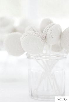 białe makaroniki