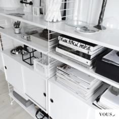 biało-czarna półka