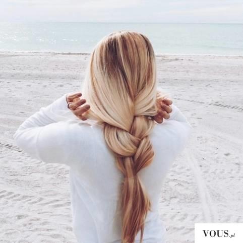 włosy blond, warkocz