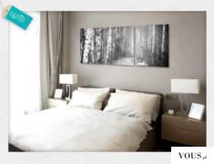 Dekoracja w czerni i bieli z motywem drogi w lesie. Obraz doskonały do sypialnianych wnętrz.