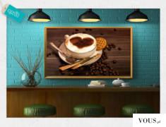 Pięknie ozdobiona kawa z rozsypanymi ziarnami jako motyw dekoracji ściennej, to dobry pomysł na  ...