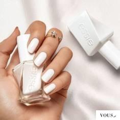 biały lakier essie