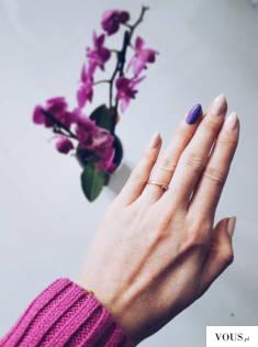 Beżowa stylizacja paznokci lakierami hybrydowymi NOX Nails, to doskonałe rozwiązanie na niezobow ...