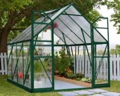 Zastosowanie poliwęglanu w przestrzeni ogrodowej.