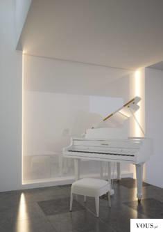Stylowe oświetlenie kącika muzycznego w salonie z profilami LED od Klusdesign.pl