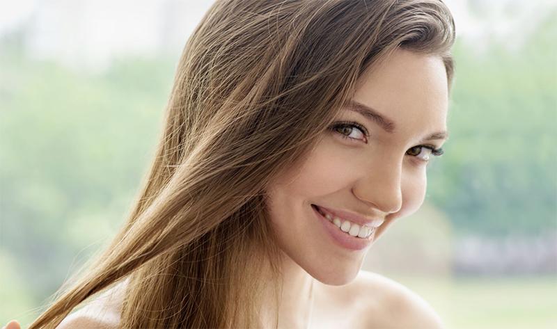 Sposoby na przyspieszenie wzrostu włosów – BeautyDelights.pl