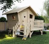 Domki dla dzieci do ogrodu. Na zdjęciu drewniany domek dla dzieci Płomyk.
