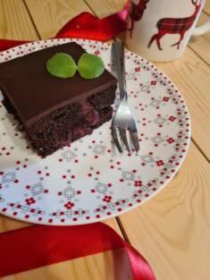 Czekoladowe ciasto z wiśniami | AleTorcik! – przepisy na pyszne, domowe ciasta, ciasteczka ...