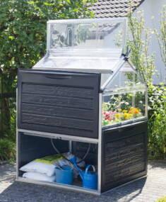 Mini szklarnia idealnie nadaje się do uprawy kwiatów i warzyw. Dzięki kompaktowej formie sprawdz ...
